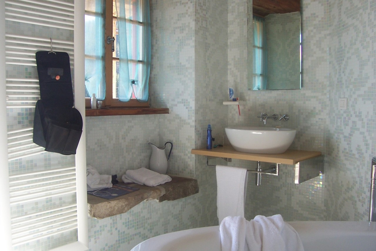 bath-1220567-1280x853